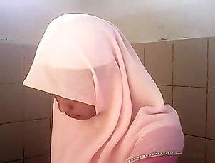 Indonesian;Amateur;Asian;Hidden Cams;Malaysian;Asian White Girl;Hijab;Asian White;Asian Girl;White Spycam asian White hijab girl