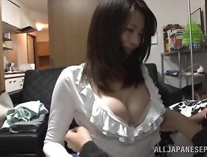 Asian,Brunettes,Couple,Japanese,Massage,MILF Horny Japanese MILF with nice tits...