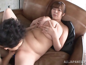 Couple,Hardcore,Asian,Japanese,Natural Tits,Big Tits,Doggystyle A chubby Asian girl with huge melons...