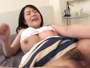 Japanese,Pussy,Hairy,Natural Tits,Big Tits Tied up Japanese babe enjoys a...