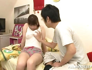 Asian,Babes,Brunettes,Couple,Hardcore,Japanese,Natural Tits Sexy Japanese chick here gets a nasty...