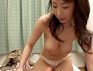 POV,Japanese,Bra Shinoda Ayumi gets naked for a sex...