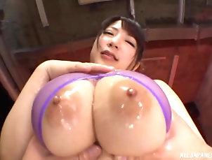 Couple,POV,Japanese,Oiled,Big Tits,Natural Tits,Wet T-shirt,Chubby Sexy Yuzuki Marina likes to jerk a...