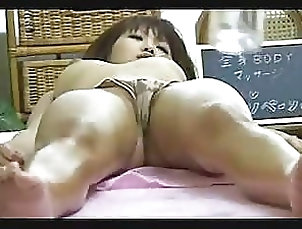 Massage,Oiled Asian Gets An Oily Massage