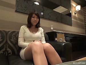 Couple,Hardcore,Asian,Japanese,Close Up Kirishima Sakura plays with a dick...